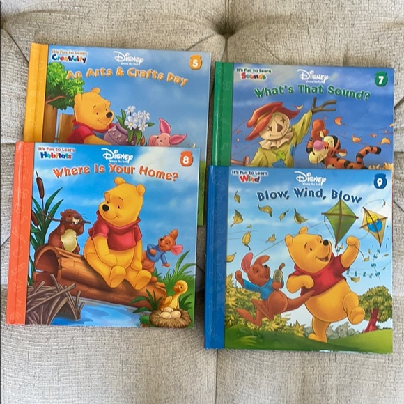 Disney Winnie the Pooh 4 hardcover books